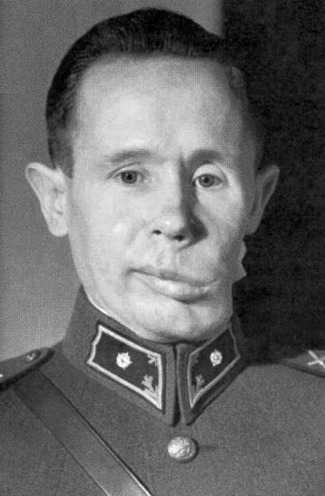simo_hayha_second_lieutenant_1940.png.48e55c5e5982e1cadd45a34fac5e0811.png